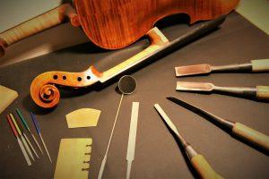 IMG 4773 300x200 - 弦楽器Polaris修理